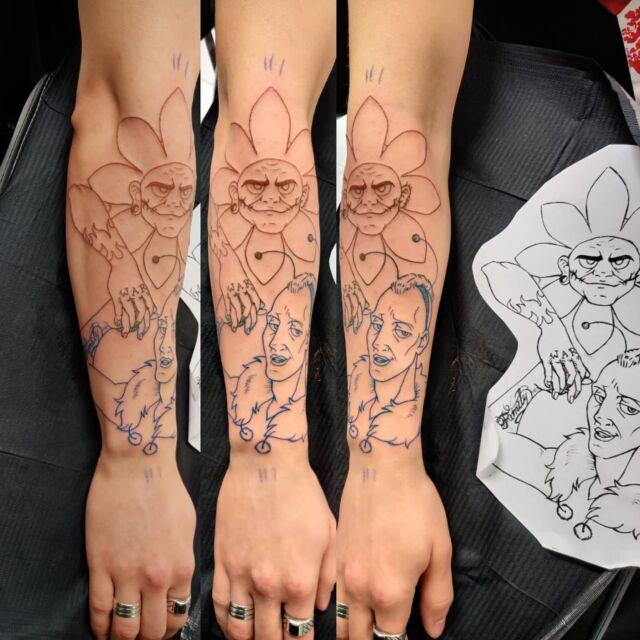 Asiakkaan omasta piirustuksesta tehty tatuointi #tatuointi #artelysior #tattooparlour #artcollective #hyvinkää #tattoo #tpartcollective