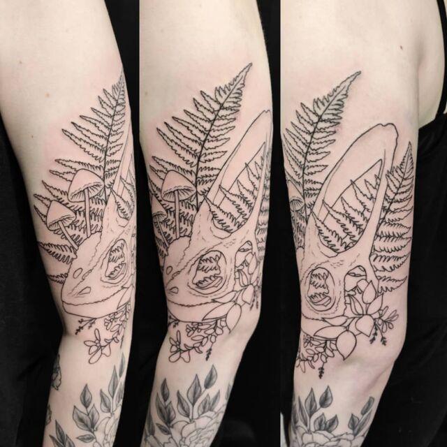Aloitettiin vähän erilainen kallokuva 💀 #inprogress #tattoo #artelysior #tattooparlour #artcollective #hyvinkää  #tatuointi
